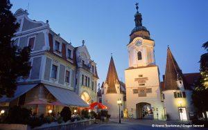 Jugendherberge Krems - Steiner Tor in Krems - © Krems Tourismus / Gregor Semrad