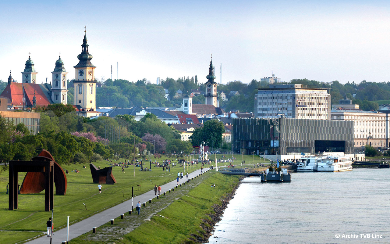 Linz Donaupromenade - © Archiv TVB Linz