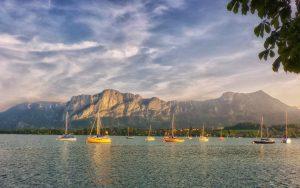 Mondsee Ausblick vom Seeufer - © Christoph Sammer