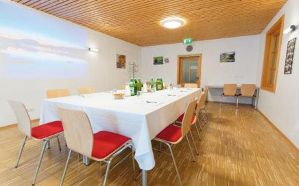 Jugendgästehaus Velden Cap Wörth Seminarraum - © Christoph Sammer