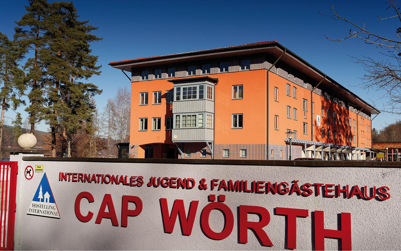 Jugendgästehaus Velden Cap Wörth Einfahrt - © Christoph Sammer