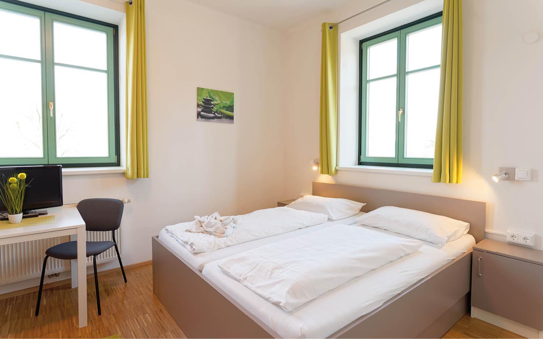 Jugendgästehaus Velden Cap Wörth Komfort Familienzimmer Seehaus - © Christoph Sammer