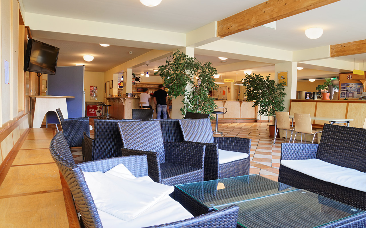 Jugendgästehaus Velden Cap Wörth Lobby Cafe - © Christoph Sammer