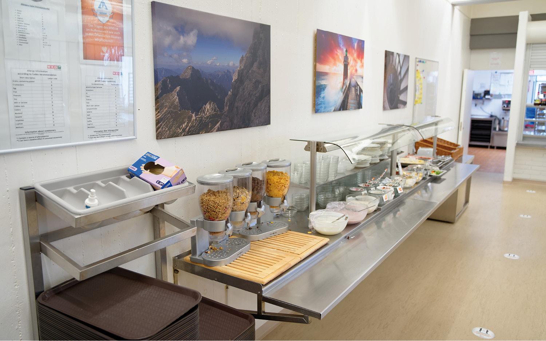 Jugendgästehaus Villach Frühstücksbuffet- © Christoph Sammer