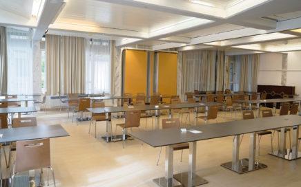 Jugendgästehaus Villach Speisesaal/Veranstaltungssaal - © Christoph Sammer