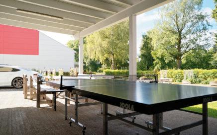 Jugendgästehaus Villach Terrasse Tischtennis - © Christoph Sammer